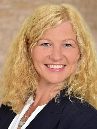 Julia Heine